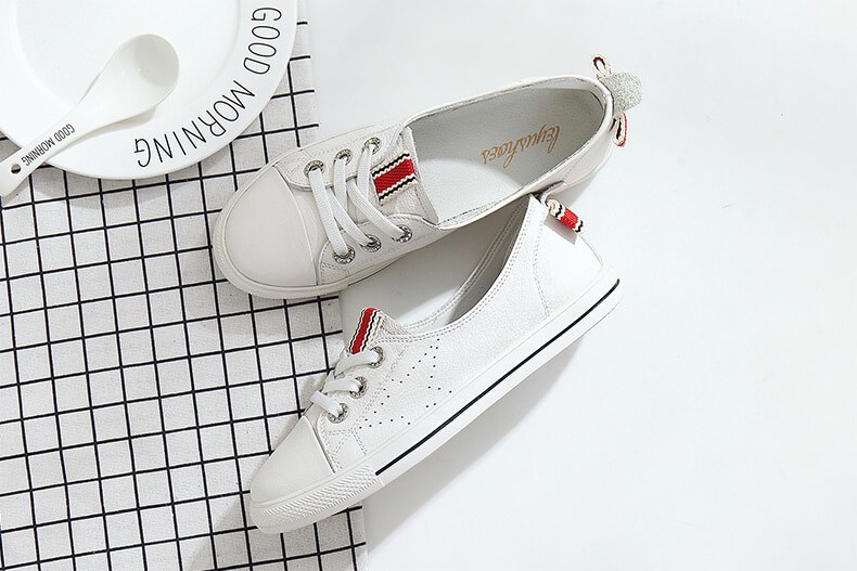 Canvas Shoe With Butterfly Knot